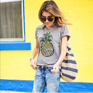 Pineapple summer tee Sz M